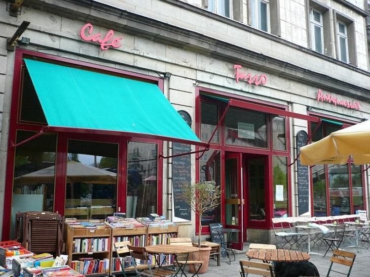 CAFETASSOShutterstock